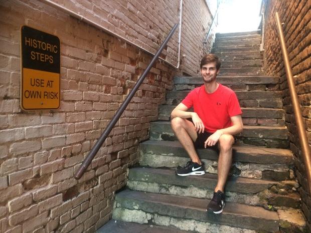 savannah historic steps pose